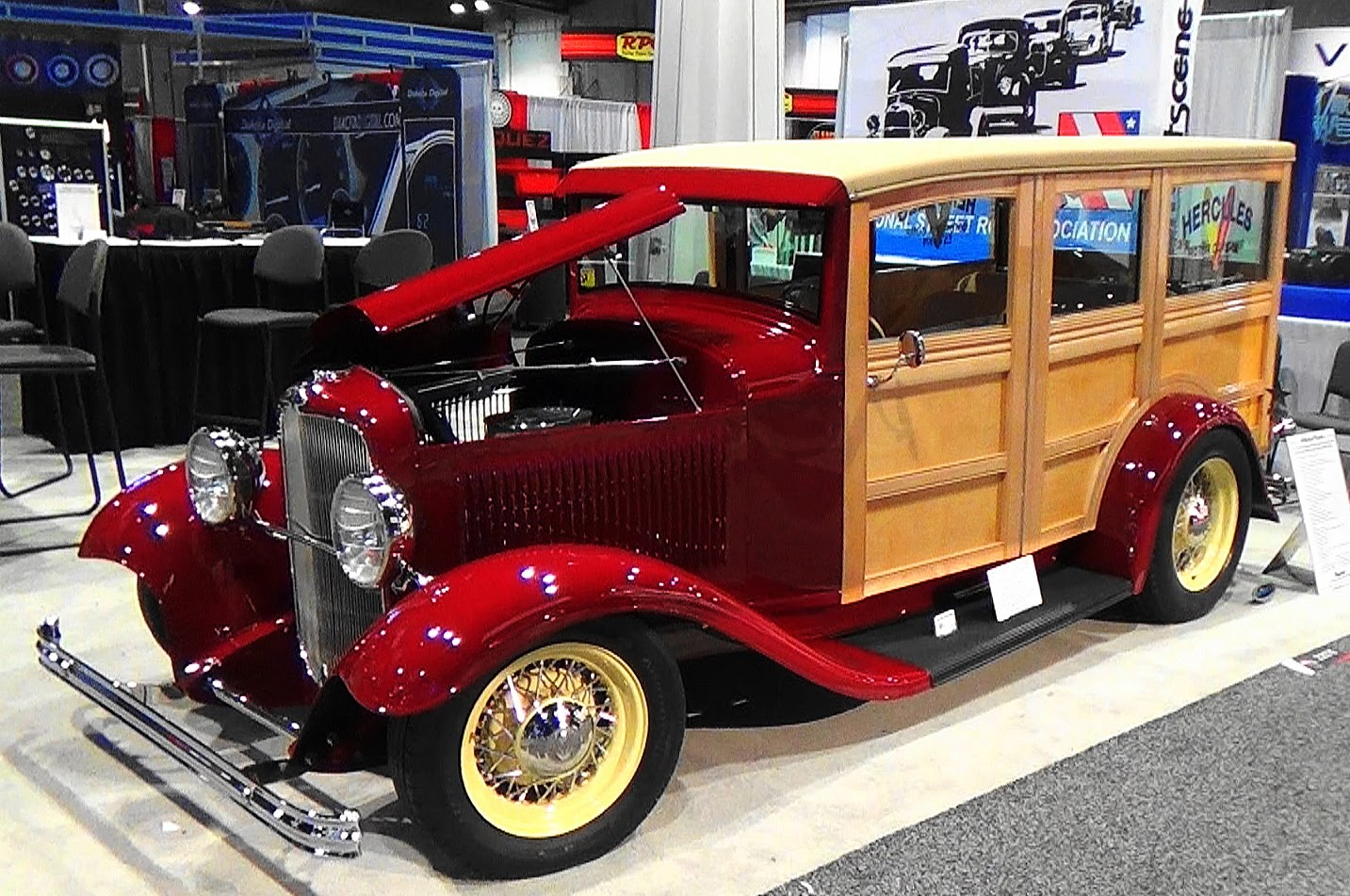1932 Ford Woodie Is A Cool Giveaway Car You'd Definitely