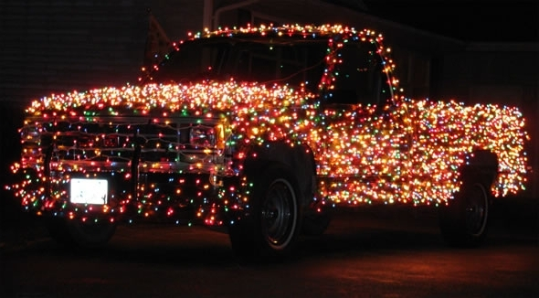 Christmas Car Decorations.Ten Christmas Car Decorations That Will Show Your In The