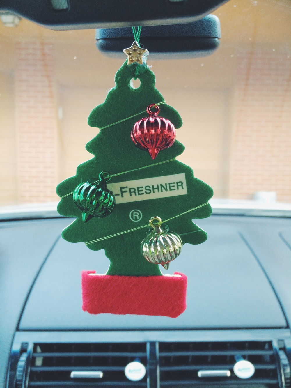 Ten Christmas Car Decorations That Will Show Your In The Christmas Spirit Page 5 Of 8