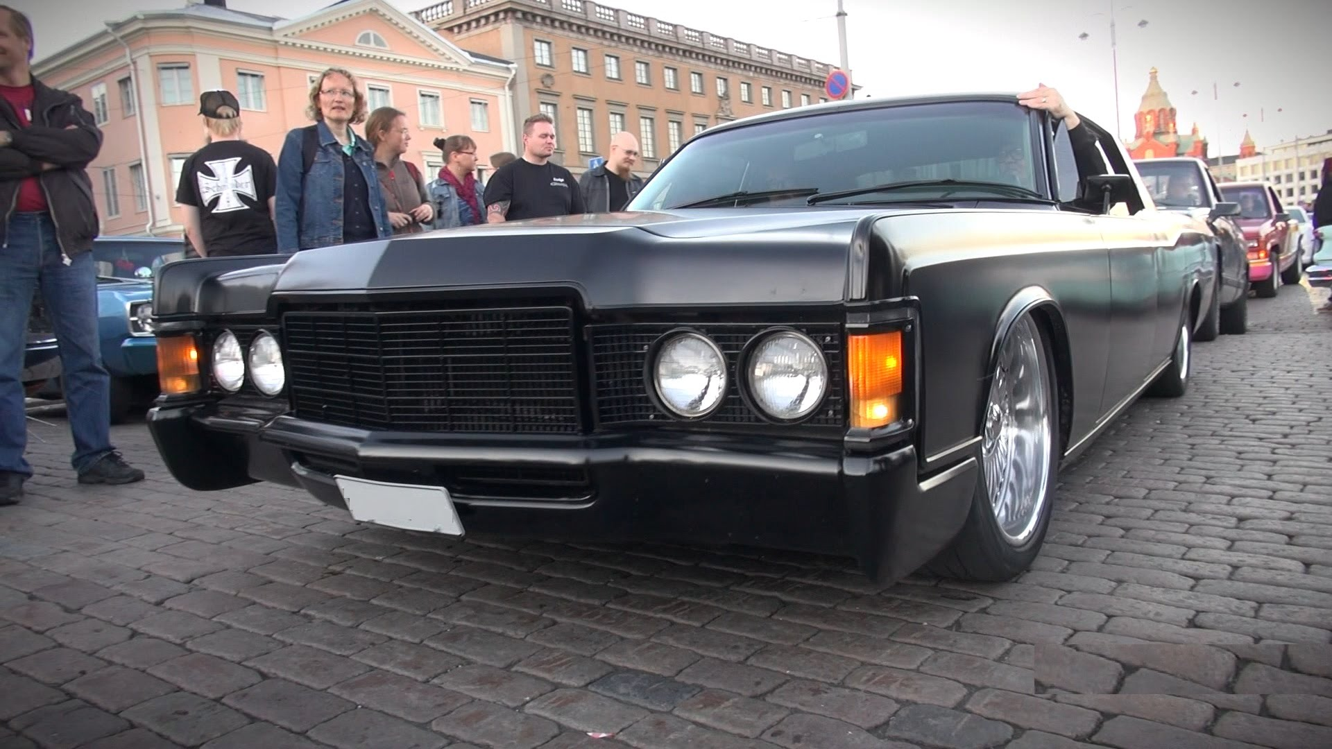This Matte Black Lincoln Continental Is Simply Incredible